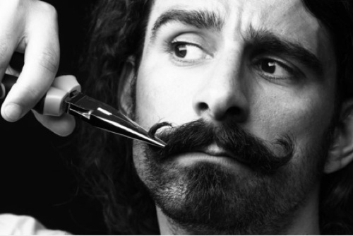 movember-moustache-cancer-prostate-testicules-blog-beaute-soin-homme-parfum