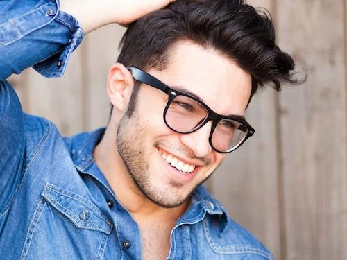 homme-dent-dentifrice-blog-beaute-soin-parfum