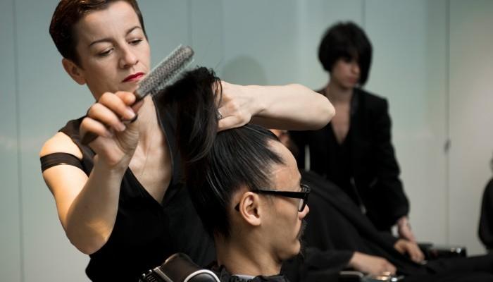 La barbière de Paris voit encore plus grand