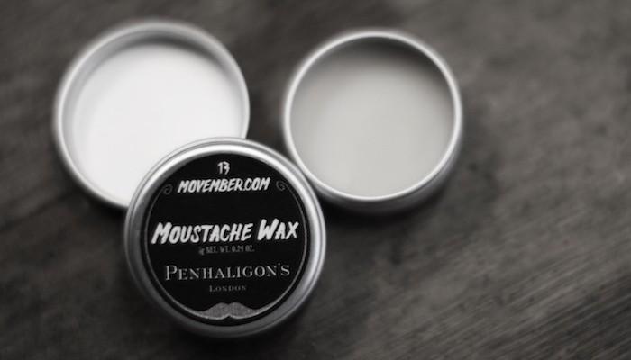 Moustache de gentleman pour Movember avec Penhaligon's