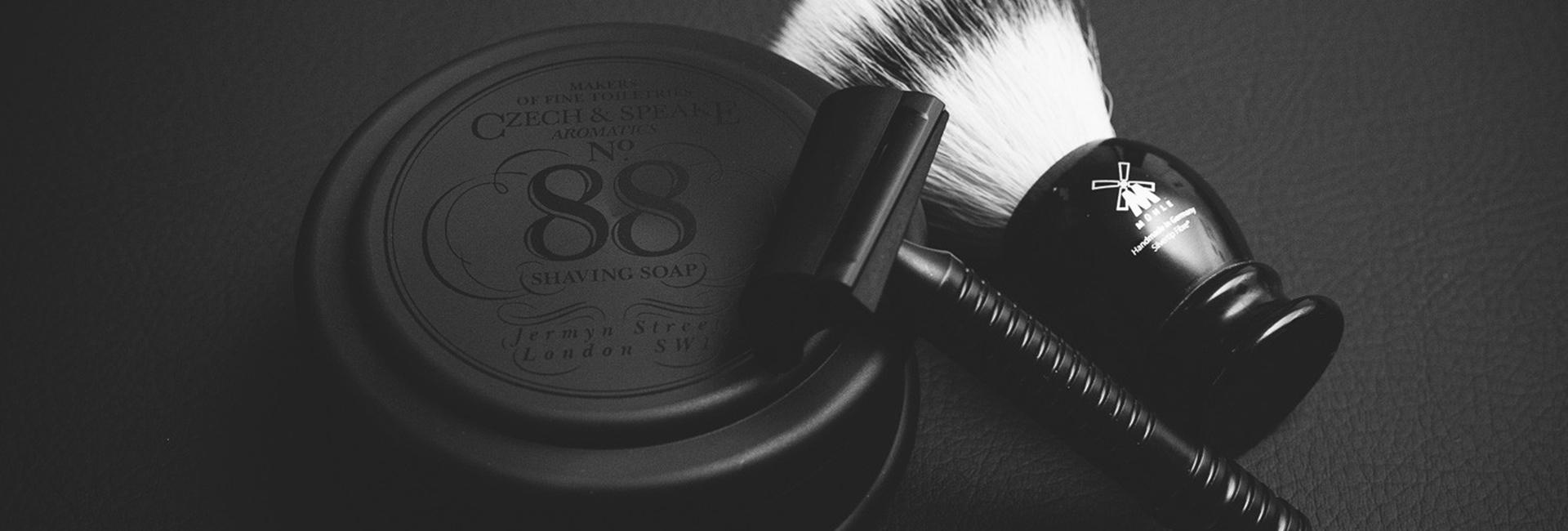 materiel-rasage-crane-blog-beaute-soin-parfum-homme