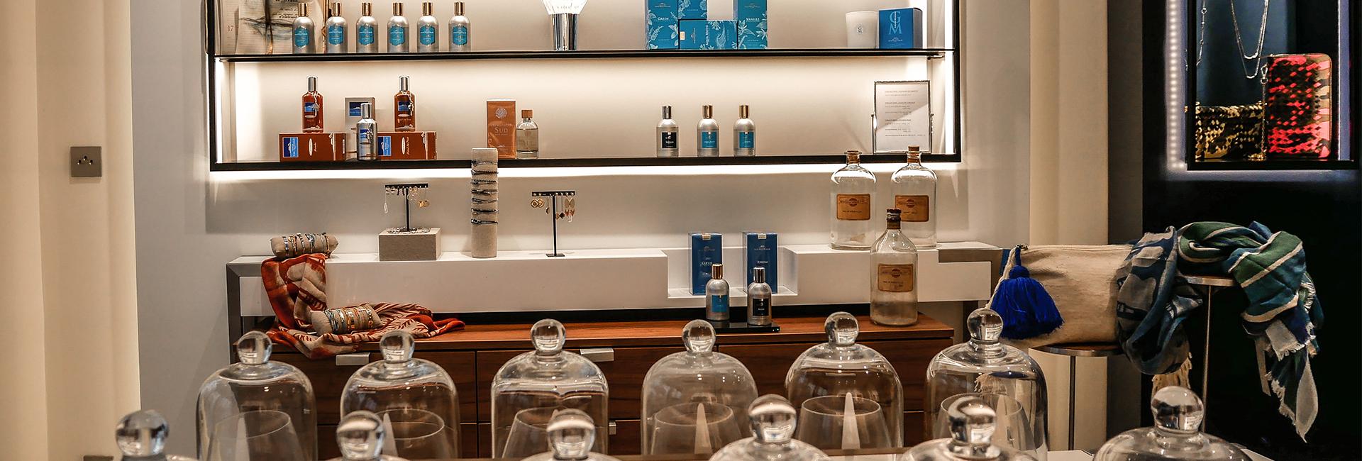 interieur-boutique-comptoir-sud-pacifique-paris-blog-beaute-soin-parfum-homme